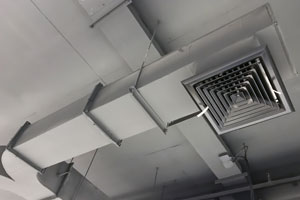 air conditioning duct and vent